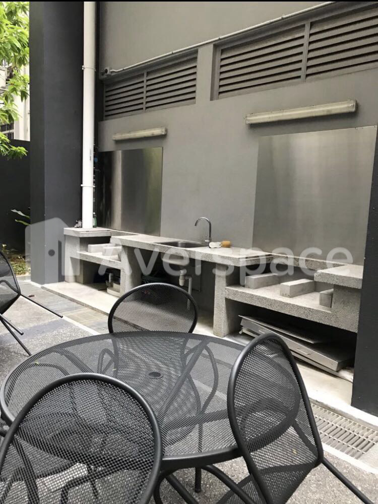 408 River Valley Road, District 10 Singapore